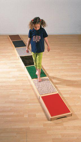 Fußtastplatten Barfuß - Parcour
