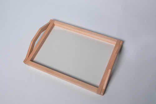 Tablett mit transparentem Boden