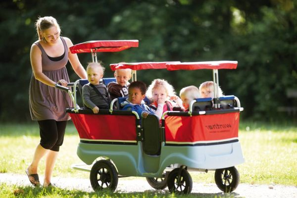 Winther Turtle Kinderbus Basic für 6 Kinder