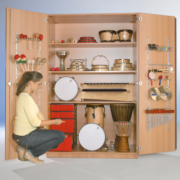 Zweitüriger Musikschrank mit InBoxen, 3 Einlegeböden, B/H/T: 120x190x60 cm