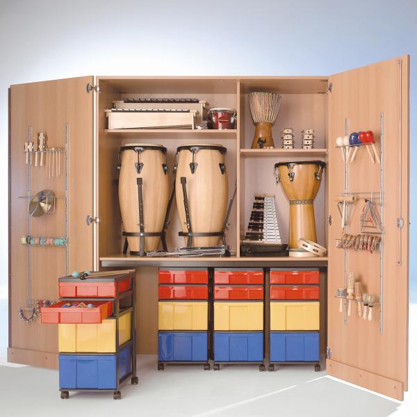 Zweitüriger Musikschrank mit 4 fahrbaren InBox Containern, Mittelwand, B/H/T: 150x190x60 cm