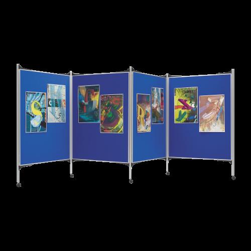 Mobile Stellwand bestehend aus 4 Tafelflächen auf Rollen